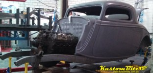 460 big block ford powered 34 Ford on a Kustom Bitz chassis