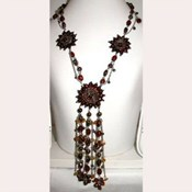 AEN136- Flower Necklace