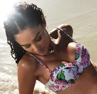 Isola by Megan Gale Sorrento Balconette (with removable push up)