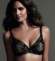 Berlei Barely There T-shirt Bra with Lace