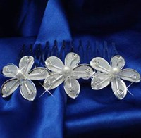 Silver Pearl & Diamonte Flower Comb, 4245
