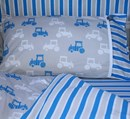 Cotbed bedding set in tractor design 