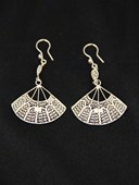Filigree fan earrings