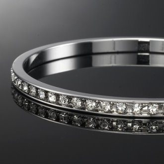 18-ct-white-gold-crystal-studded-bangle-last-one