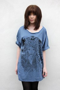 Illustrated Lady Oversize T-Shirt