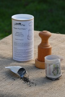 Paper pot press/ Pot maker