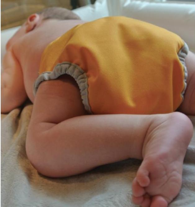 Close Pop-in Newborn Nappy