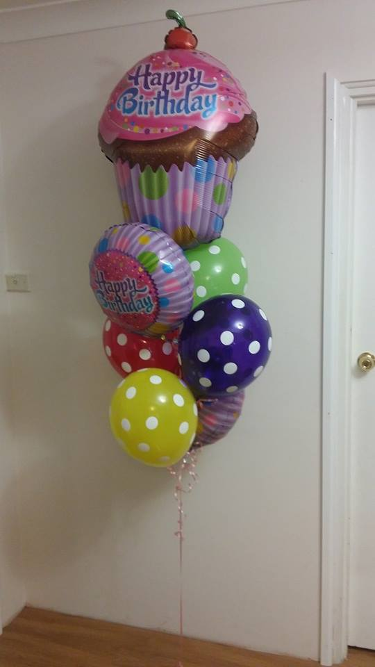 Cupcake Birthday Balloon Bouquet